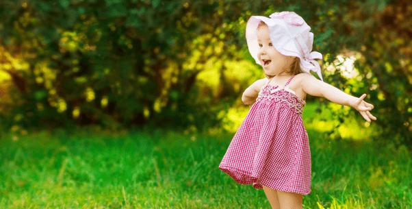 Kinder und Babybekleidung