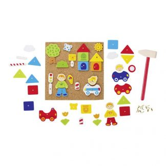 Hämmerchenspiel mit Korkplatte und bunten geometrischen Formen aus Holz
