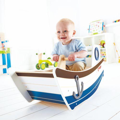 entzückendes Schaukelboot aus Holz