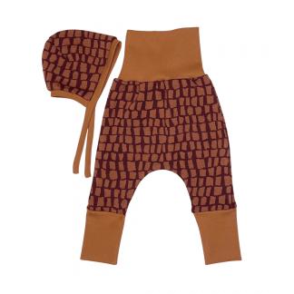 Baby-Set Hose und Babyhäubchen Farbe zimt/dunkelblau